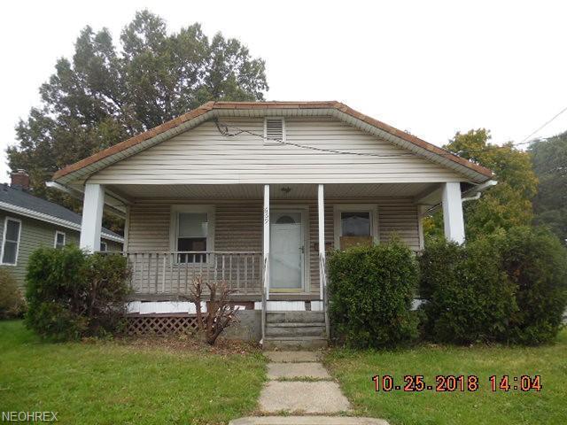 669 E Archwood Ave, Akron, OH 44306 (MLS #4050654) :: The Crockett Team, Howard Hanna