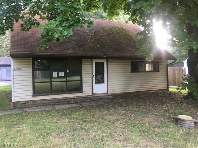 4098 Burkey Rd, Youngstown, OH 44515 (MLS #4050865) :: RE/MAX Trends Realty
