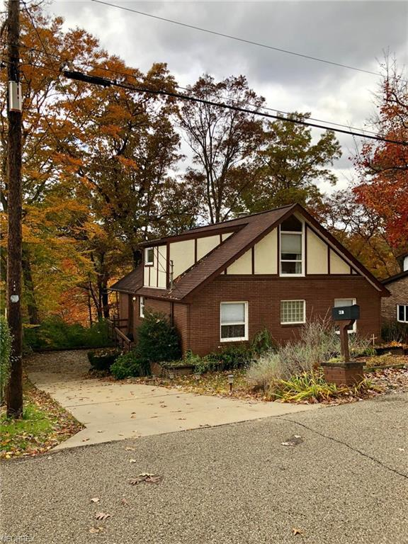 490 Forestview Dr, Wintersville, OH 43953 (MLS #4050974) :: RE/MAX Valley Real Estate