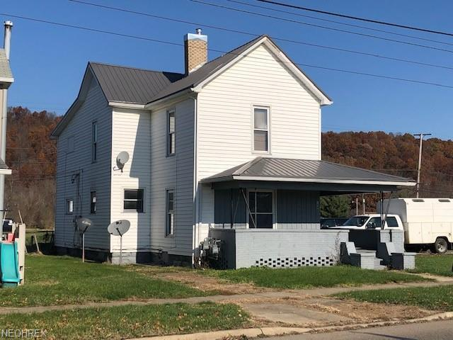 1008 W State St, Newcomerstown, OH 43832 (MLS #4052160) :: RE/MAX Valley Real Estate