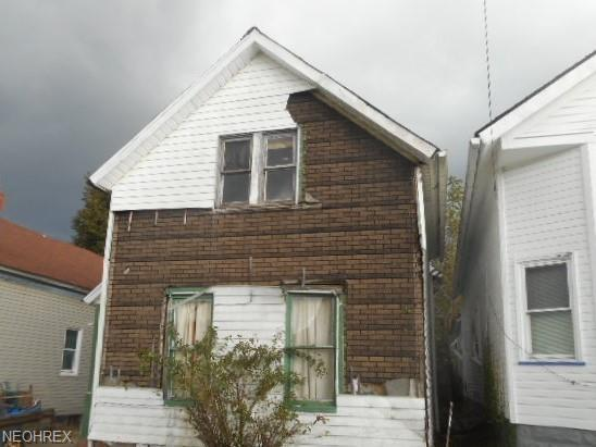 3453 E 72nd St, Cleveland, OH 44127 (MLS #4053052) :: The Crockett Team, Howard Hanna