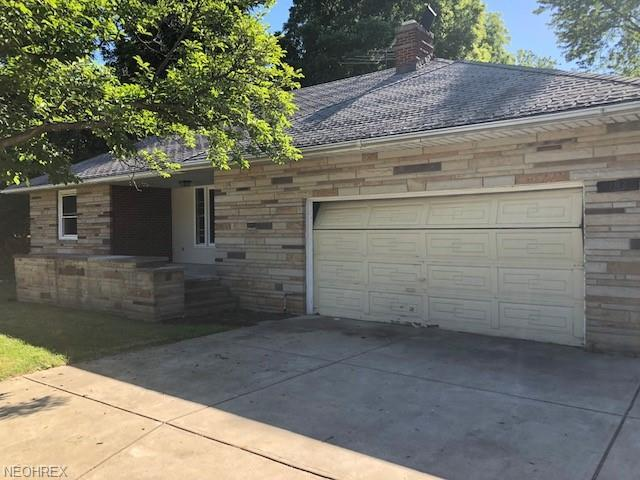 183 Richmond Rd, Richmond Heights, OH 44143 (MLS #4053250) :: RE/MAX Edge Realty