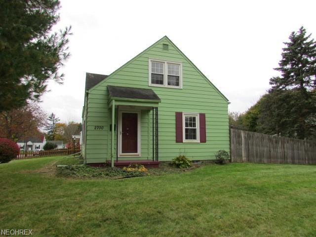 2700 Maitland Ave, Cuyahoga Falls, OH 44223 (MLS #4053424) :: RE/MAX Edge Realty