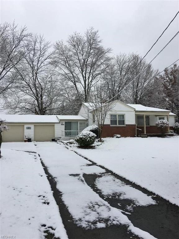 6614 James St, Poland, OH 44514 (MLS #4053779) :: RE/MAX Valley Real Estate
