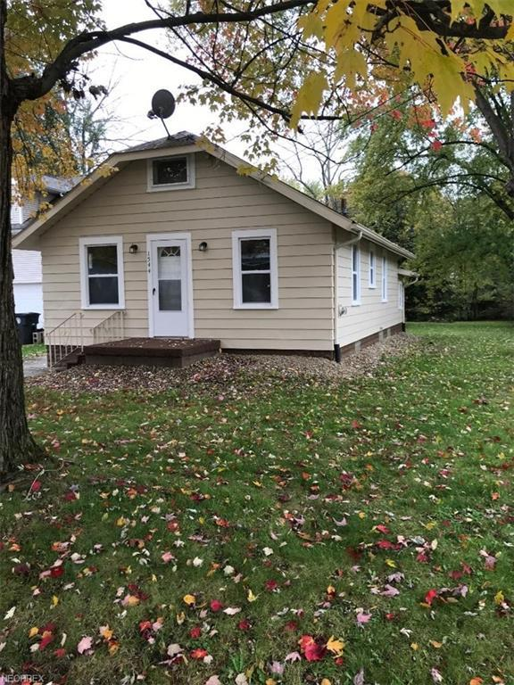 1544 Grand Park Ave, Akron, OH 44310 (MLS #4053934) :: Tammy Grogan and Associates at Cutler Real Estate