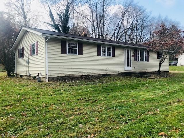 10410 Scatell St NW, Canal Fulton, OH 44614 (MLS #4053975) :: Tammy Grogan and Associates at Cutler Real Estate