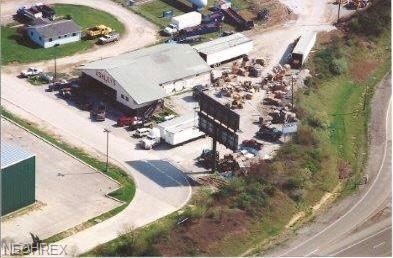119 Commercial St, Mineral Wells, WV 26150 (MLS #4054094) :: The Crockett Team, Howard Hanna