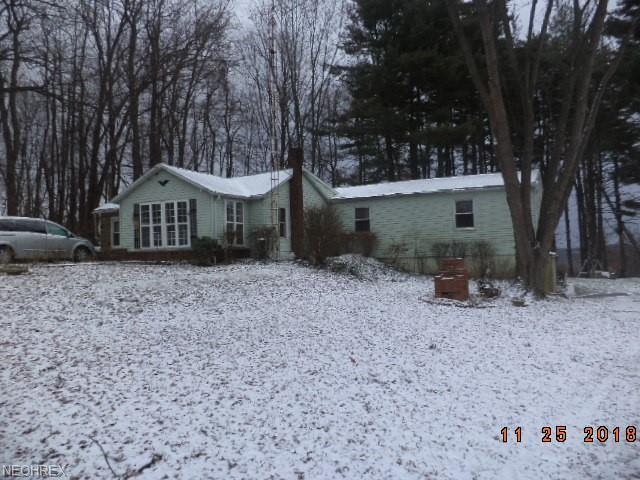 5958 Ridge Ave SE, East Sparta, OH 44626 (MLS #4054995) :: The Crockett Team, Howard Hanna