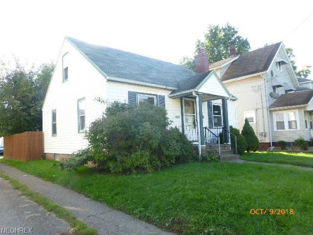 628 Wertz Ave SW, Canton, OH 44710 (MLS #4056780) :: The Crockett Team, Howard Hanna