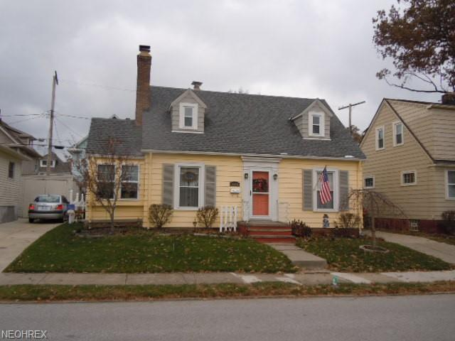 1618 Blossom Park Ave, Lakewood, OH 44107 (MLS #4056873) :: RE/MAX Valley Real Estate