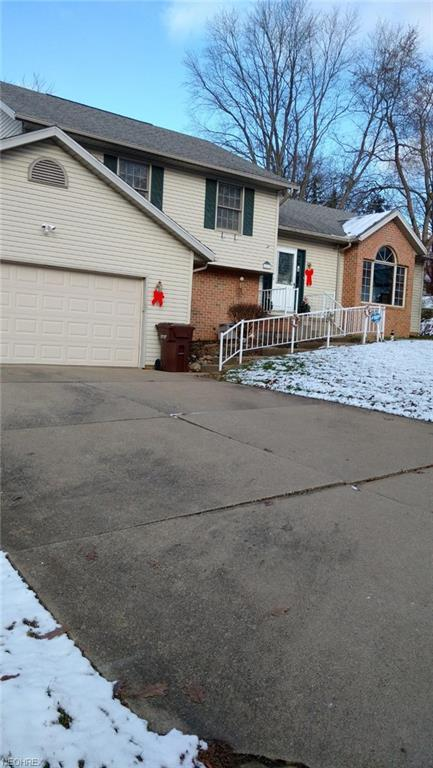 1870 Stoner Ave NE, Massillon, OH 44646 (MLS #4057554) :: The Crockett Team, Howard Hanna