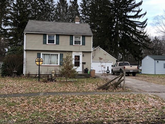 1066 W Riddle Ave, Ravenna, OH 44266 (MLS #4058226) :: RE/MAX Edge Realty