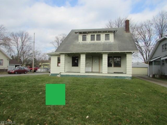 830 Woodford Ave, Youngstown, OH 44511 (MLS #4058252) :: The Crockett Team, Howard Hanna