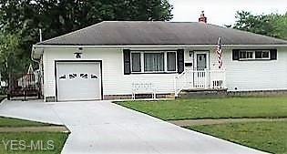 1163 Clearview NW, Warren, OH 44485 (MLS #4058744) :: The Crockett Team, Howard Hanna