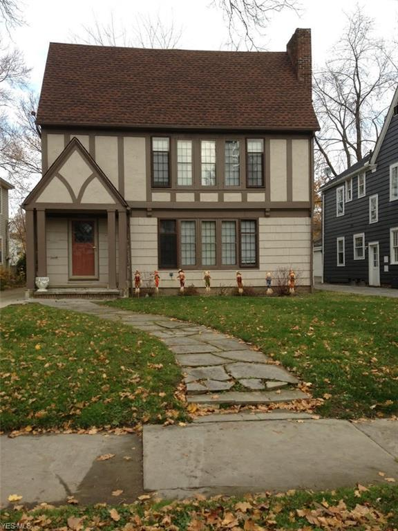18401 Winslow Rd, Shaker Heights, OH 44122 (MLS #4058814) :: The Crockett Team, Howard Hanna