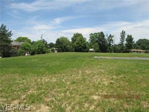 2670 Center Rd, Poland, OH 44514 (MLS #4060317) :: RE/MAX Edge Realty