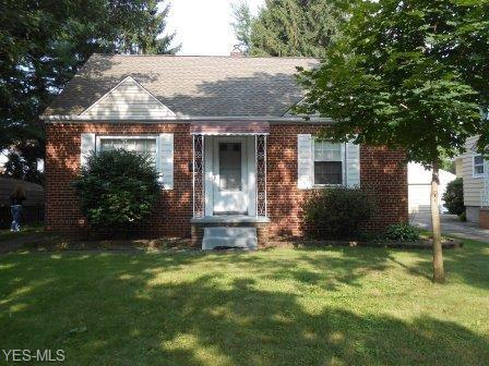 34 Woolf Ave, Akron, OH 44312 (MLS #4060783) :: RE/MAX Edge Realty