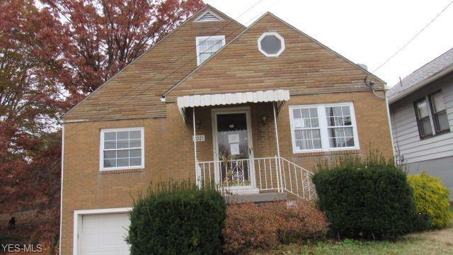 2021 Girard Ave, Steubenville, OH 43952 (MLS #4061359) :: RE/MAX Edge Realty