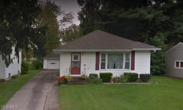 14417 Summit Ave, Maple Heights, OH 44137 (MLS #4062613) :: RE/MAX Edge Realty