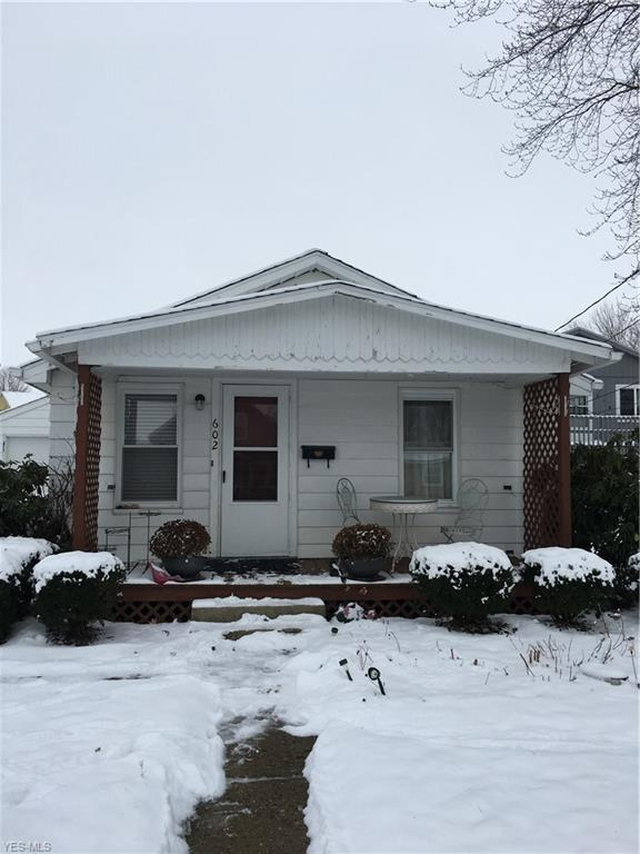 602 Jefferson Ave, Orrville, OH 44667 (MLS #4063492) :: RE/MAX Edge Realty