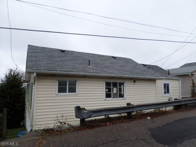 2506 Cleveland Ave, Steubenville, OH 43952 (MLS #4064169) :: RE/MAX Edge Realty