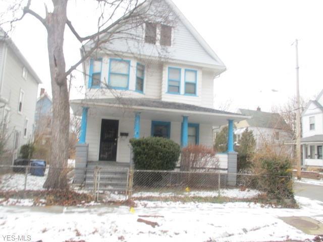 10561 Elk Ave, Cleveland, OH 44108 (MLS #4064663) :: The Crockett Team, Howard Hanna