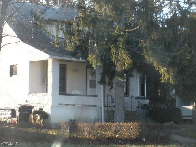 1222 Lake Ave, Elyria, OH 44035 (MLS #4064691) :: RE/MAX Edge Realty