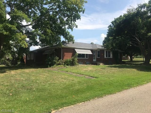4231 Avondale St NW, Canton, OH 44708 (MLS #4065379) :: RE/MAX Edge Realty