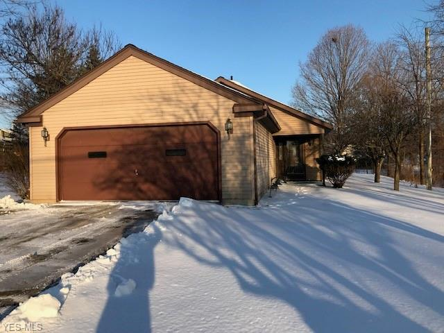 188 Center St, Seville, OH 44273 (MLS #4067115) :: RE/MAX Edge Realty