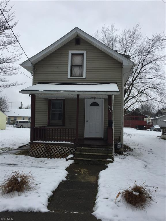 1617 Frederick Ave SW, Canton, OH 44706 (MLS #4067696) :: RE/MAX Edge Realty