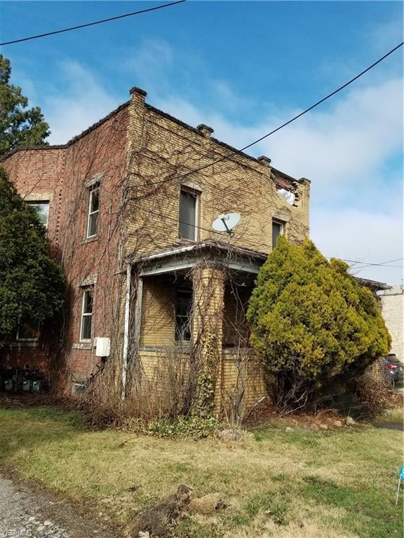 29413 Euclid Ave, Wickliffe, OH 44092 (MLS #4069609) :: The Crockett Team, Howard Hanna