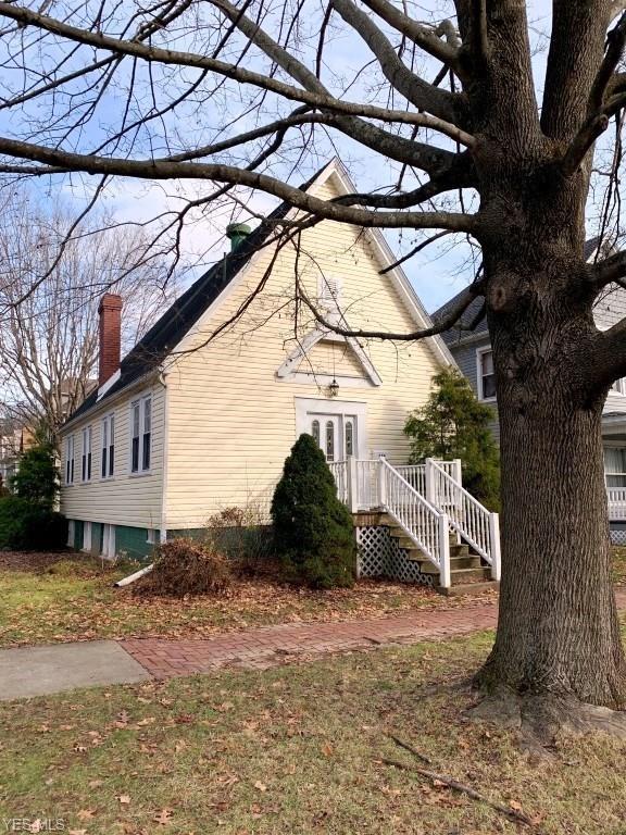 634 7TH St, Marietta, OH 45750 (MLS #4070631) :: RE/MAX Edge Realty