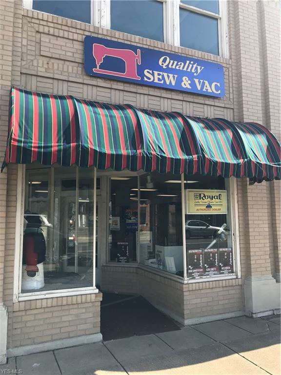 173 N Broadway St, New Philadelphia, OH 44663 (MLS #4070891) :: RE/MAX Edge Realty