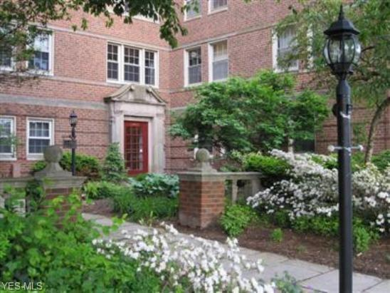 13400 Shaker Blvd #704, Cleveland, OH 44120 (MLS #4071014) :: RE/MAX Valley Real Estate