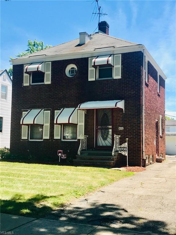 15708 Invermere Ave, Cleveland, OH 44128 (MLS #4073154) :: RE/MAX Edge Realty