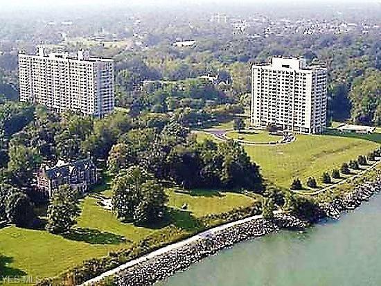 1 Bratenahl Pl #1103, Bratenahl, OH 44108 (MLS #4074978) :: Ciano-Hendricks Realty Group