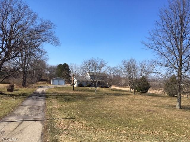 6649 Wales Ave NW, Massillon, OH 44646 (MLS #4076632) :: RE/MAX Edge Realty