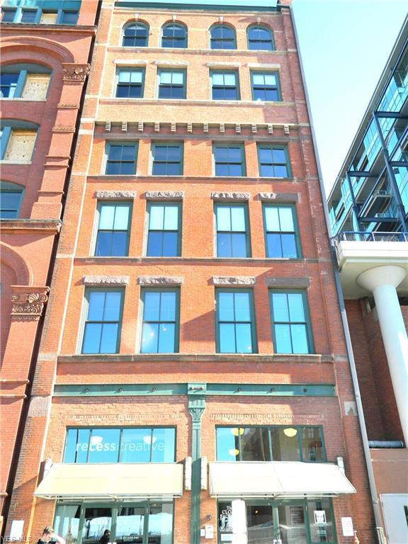 635 W Lakeside Ave #602, Cleveland, OH 44113 (MLS #4076714) :: Ciano-Hendricks Realty Group