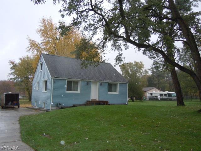 15473 Howe Rd, Strongsville, OH 44136 (MLS #4077477) :: RE/MAX Edge Realty