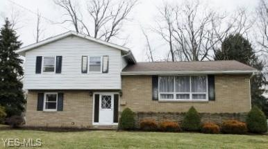 5568 Stuber Dr NW, Canton, OH 44718 (MLS #4077553) :: Tammy Grogan and Associates at Cutler Real Estate