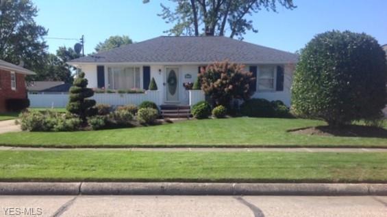 3116 Regina Ave, Lorain, OH 44052 (MLS #4079162) :: RE/MAX Edge Realty