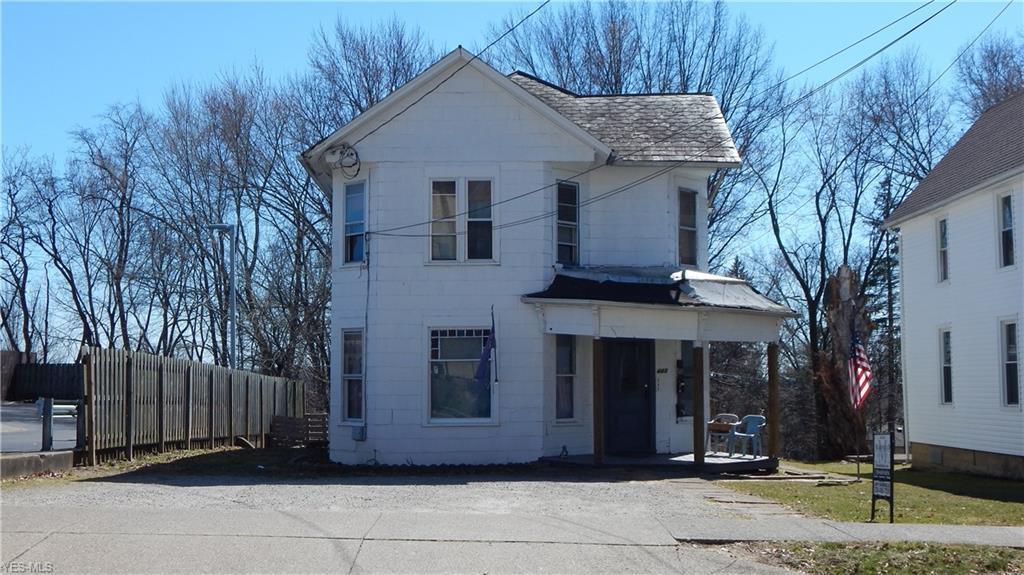 443 Bowman Street - Photo 1