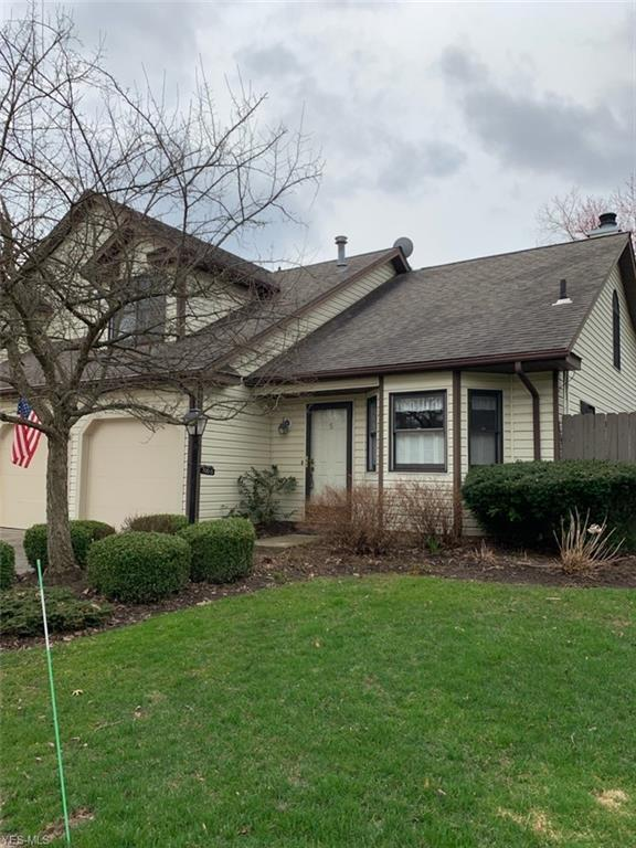 700-5 Hampton Cir, Aurora, OH 44202 (MLS #4082149) :: Ciano-Hendricks Realty Group