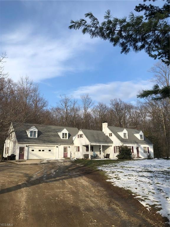 10400 Sherman Rd, Chardon, OH 44024 (MLS #4082395) :: RE/MAX Trends Realty