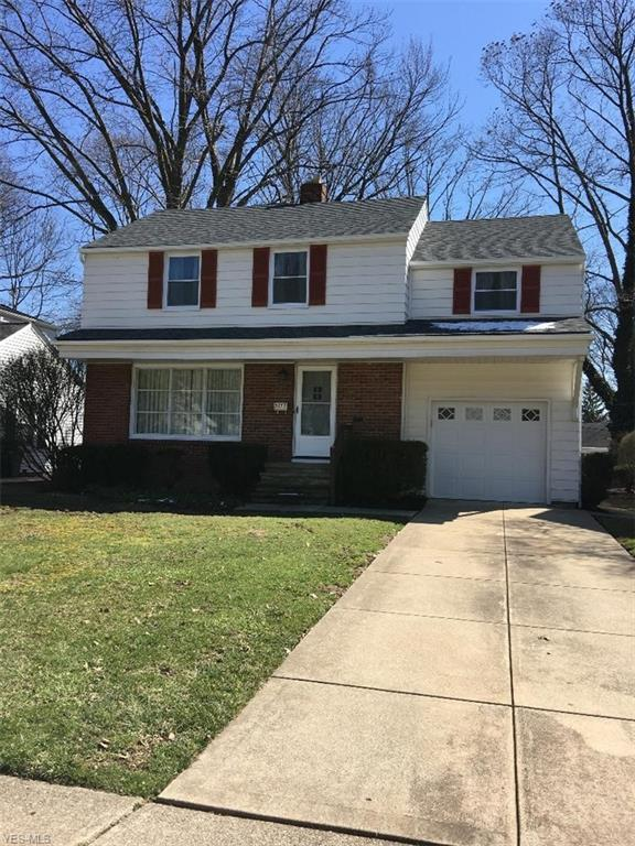 5272 Case Ave, Lyndhurst, OH 44124 (MLS #4083942) :: RE/MAX Valley Real Estate