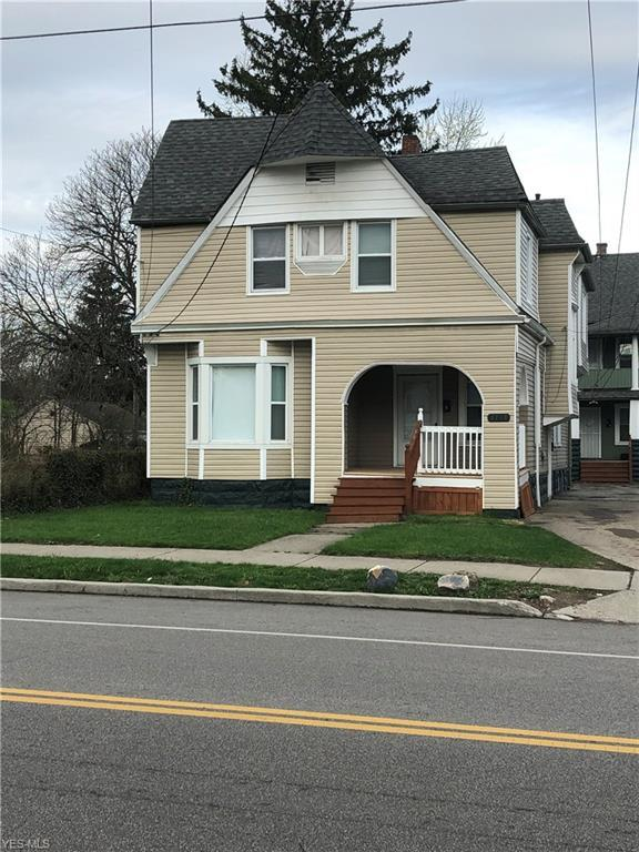 3718 E 71st St, Cleveland, OH 44105 (MLS #4086575) :: RE/MAX Edge Realty