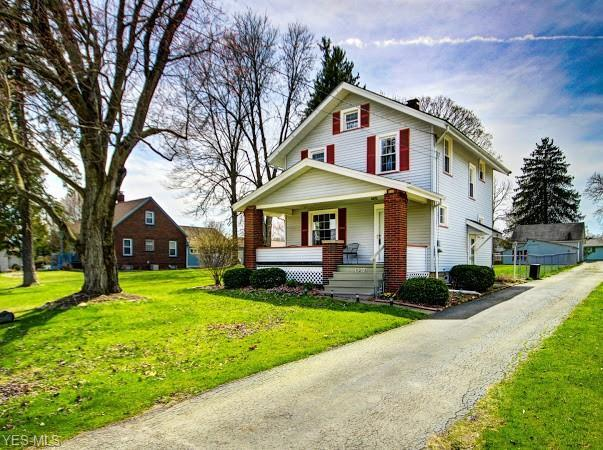 8306 Youngstown Pittsburgh Rd, Poland, OH 44514 (MLS #4087119) :: RE/MAX Valley Real Estate