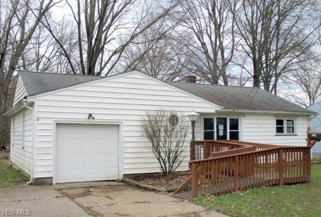 3205 Redgate Ln, Youngstown, OH 44511 (MLS #4087171) :: RE/MAX Valley Real Estate