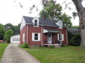 451 Needham Ave, Kent, OH 44240 (MLS #4088317) :: Keller Williams Chervenic Realty