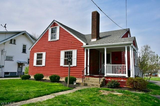 126 E Woodland Ave, Columbiana, OH 44408 (MLS #4088438) :: RE/MAX Valley Real Estate